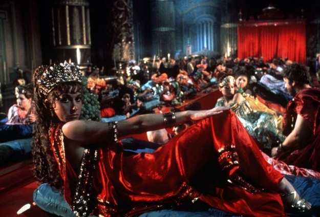 Caligula (1979) www.cinematheia.com