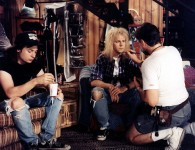 On The Set of Wayne's World (1992) www.cinematheia.com